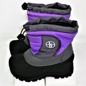 kids purple snow boots great condition